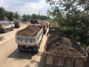 Hình ảnh vận chuyển cát xây dựng