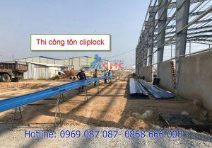 thi-cong-ton-cliplock